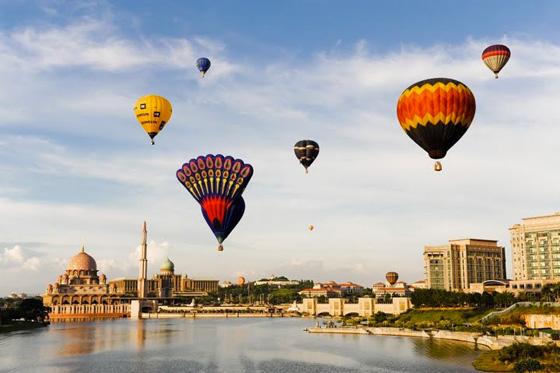 Putrajaya International Hot Air Balloon fiesta 4