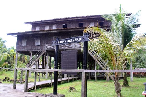 sarawak cultural village 14