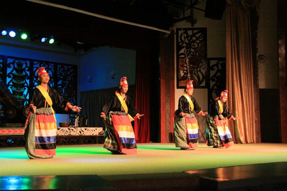sarawak cultural village dance performance 5