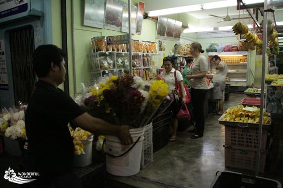 simply enak local fruit store