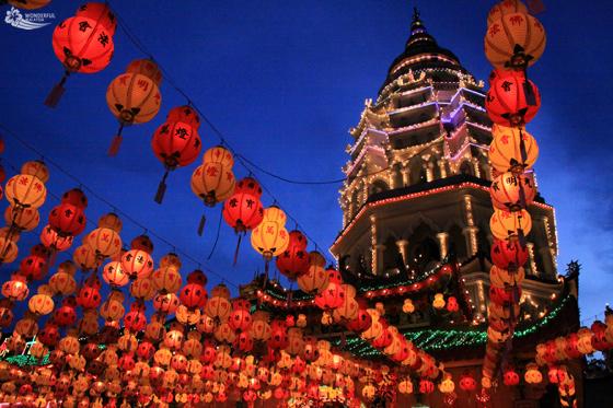 chinese-new-year-in-malaysia-kek-lok-si-penang-2