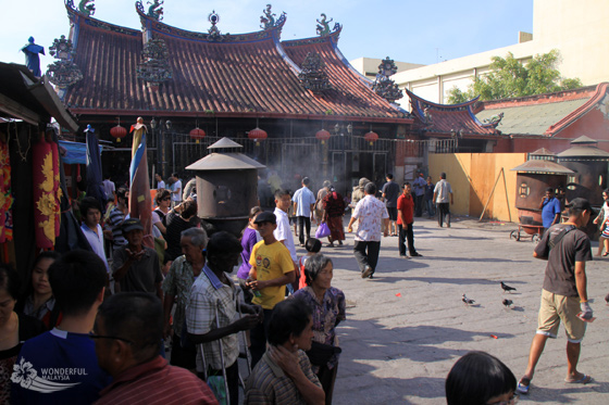 goddess-of-mercy-temple-georgetown-penang-1
