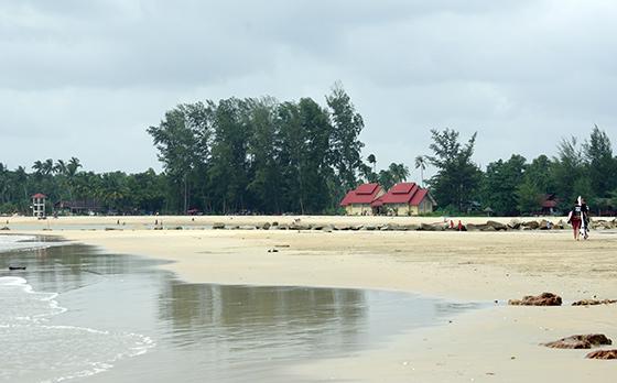 cherating-beach-malaysia-1