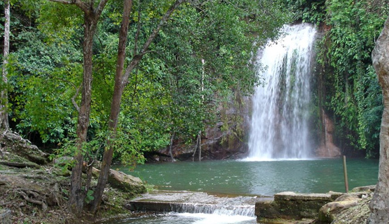 brunei-waterval