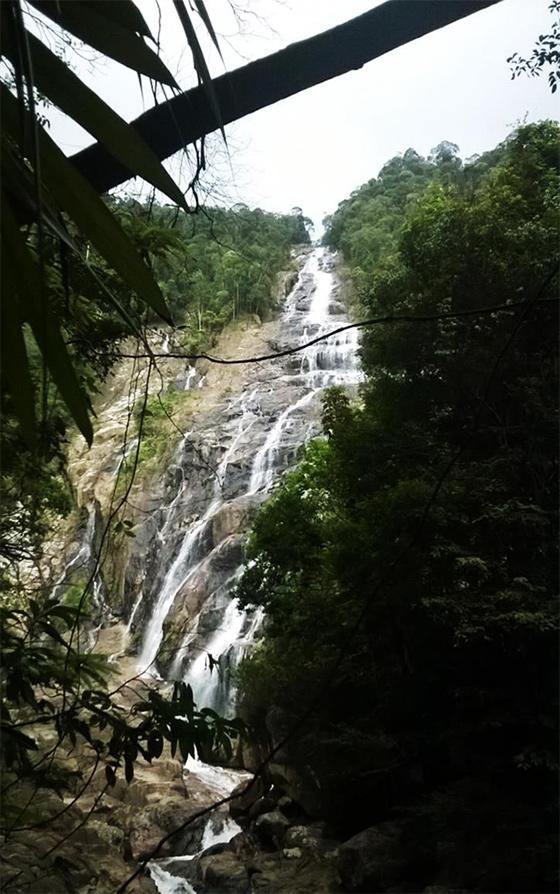 chemerong-waterfall-1