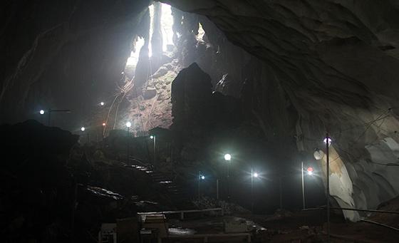 charah-caves-pahang-malaysia-5