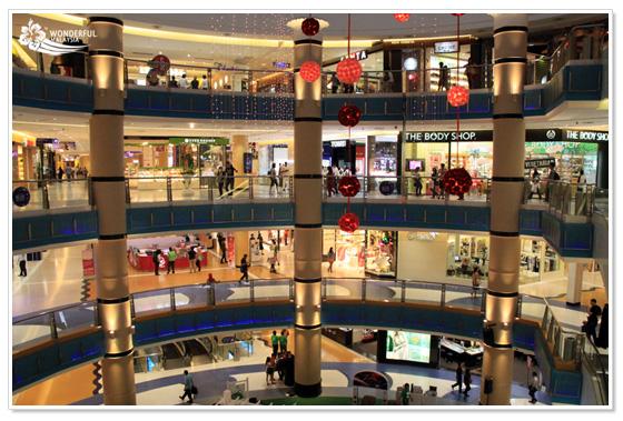 Sunway Pyramid shopping mall Kuala Lumpur