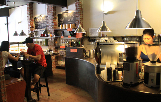 artisan roast coffee place ttdi 2