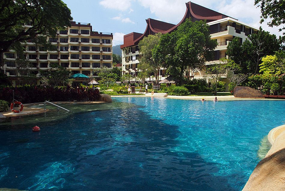 Shangri-La's Rasa Sayang Resort Pool