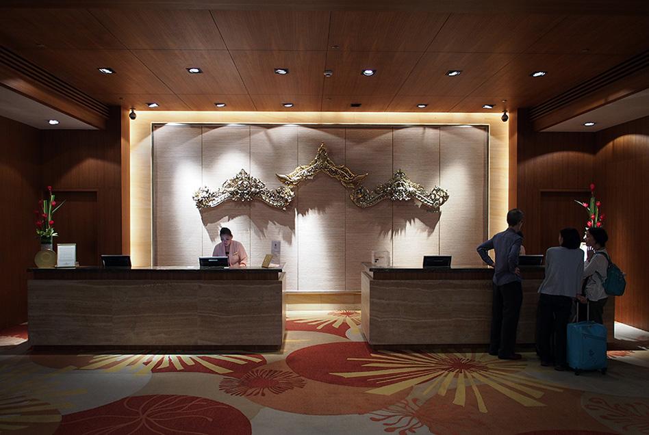 Shangri-La's Rasa Sayang Resort Lobby