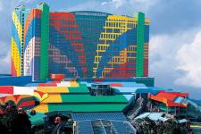 one world hotel website