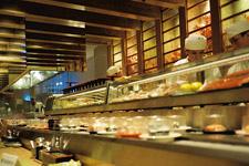 Great sushi at Sushi Zanmai