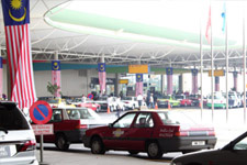 Taxis are waiting at LCCT Terminal