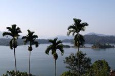 Lake Kenyir views