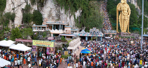 Huge crowds gather at the Batu Caves