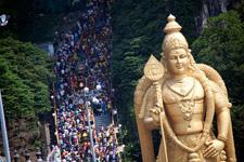 Huge golden statue at the Batu Caves
