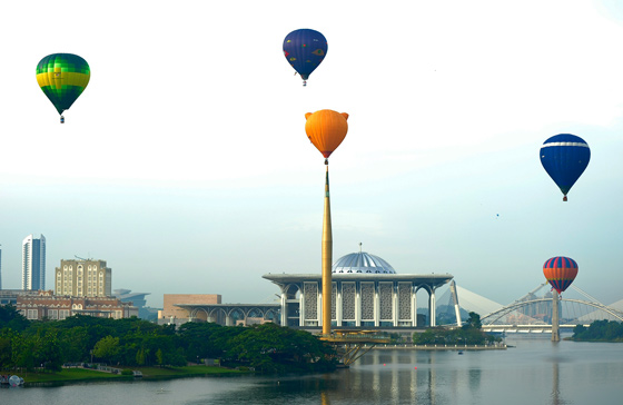putrajaya-international-hot-air-balloon-fiesta-1